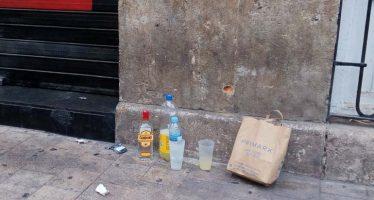 Los vecinos del Carmen se hartan del turismo de borrachera