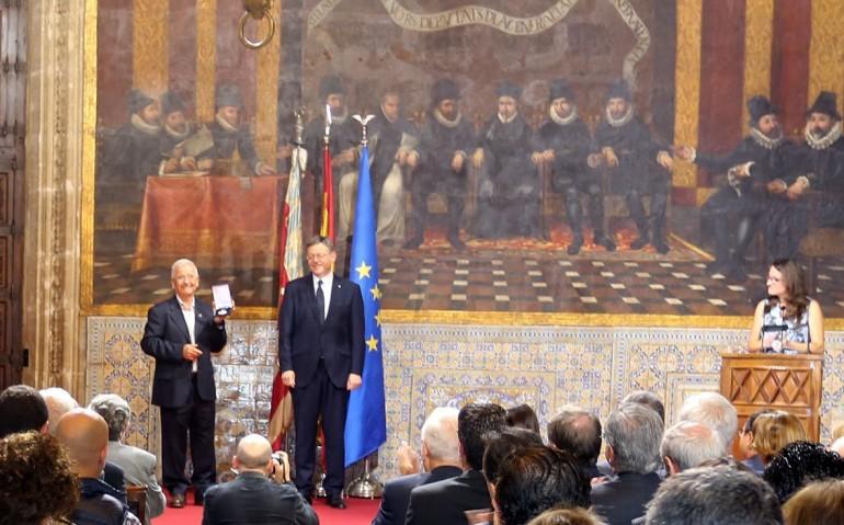 Distinción a Antonio Montalbán, de CCOOPV