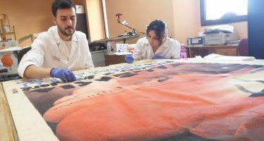Comienza la restauración de la colección de Carteles Oficiales del Museo Fallero
