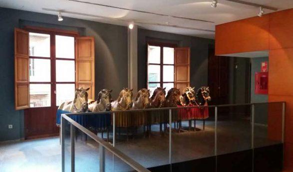 Crespo acusa a Fuset de fraccionar en tres contratos la reforma del Museo del Corpus para no someterla a concurso público