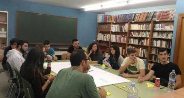 Los jóvenes de Cheste se implican en las actividades de la futura Casa de la Juventud