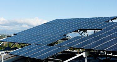 Software libre para predecir la producción energética de sistemas fotovoltaicos