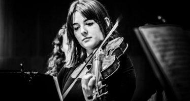 Alba Encinas, solista de violín barroco, en 'Los lunes concierto en Castellón'