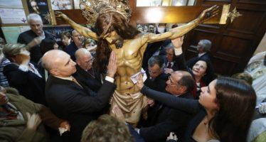 El Cabanyal conmemora a su patrón, el Cristo del Salvador