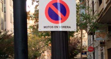 """Alberto Mendoza: """"Ribó se salta la Ley de nuevo y sigue poniendo señales de tráfico sólo en valenciano"""""""