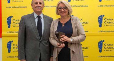 Casa Caridad premia els servicis socials de l'Ajuntament de València