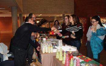 Personas con diversidad funcional intelectual del centro Carrús del IVAS comparten actividades con alumnos de infantil del CEIP El Toscar de Elx