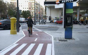 Entra en servicio el nuevo carril bici en la calle Clariano