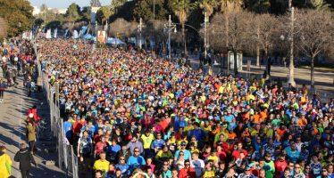 El 10K Valencia bate su récord con 11.000 corredores cruzando la meta