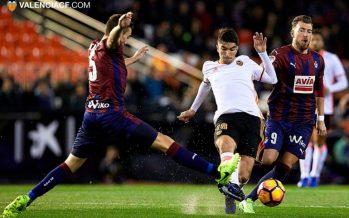 El Valencia CF avergüenza a su afición (0-4)