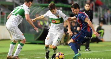 El Elche CF cede un empate en casa ante el Huesca (1-1)
