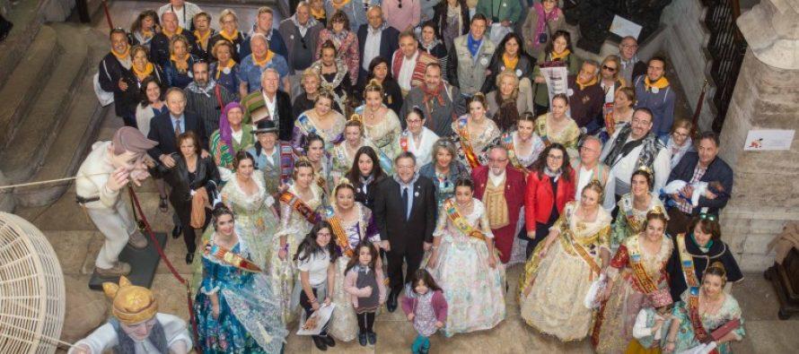 El President recibe a los representantes de los centros valencianos en el exterior