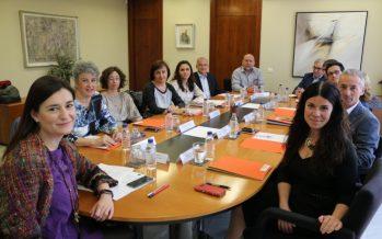 El Consell presenta el nuevo modelo de prestación farmacéutica de las residencias de mayores