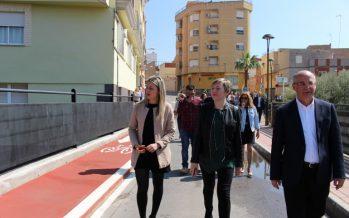 Salvador destaca que el paseo ciclopeatonal y el parque urbano de la Vall d'Uixó revalorizan el Paraje de las Coves de Sant Josep