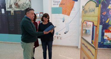 La Biblioteca de Alicante homenajea a Gloria Fuertes con la exposición 'Caminant entre versos'