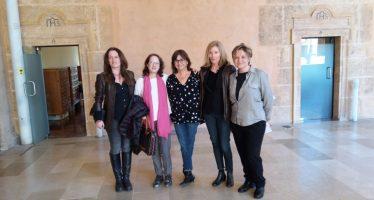 Marta Sanz celebra el Día de la Mujer con sus lectores y lectoras en la Biblioteca Valenciana
