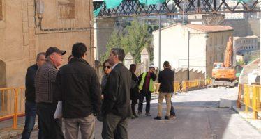 L'alcalde d'Alcoi visita les obres del Tossal