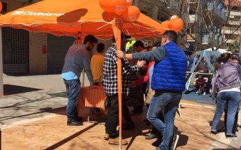 Ciudadanos Paterna recoge firmas para reclamar una nueva linea de bus Valterna-Valencia