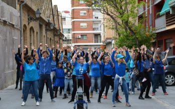 El TEM celebra el Dia Internacional de la Dansa amb una gran coreografia protagonitzada pels veïns de Poblats Marítims