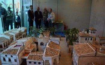 Las estaciones de Benimàmet y Les Carolines-Fira acogen la exposición 'Un passeig pel Benimàmet antic'