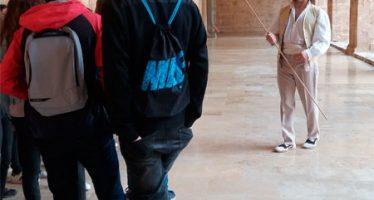 Los personajes de Blasco Ibáñez pasean por el monasterio de San Miguel de los Reyes