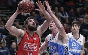 Valencia Basket, a lo suyo, sigue en lo más alto (84-75)