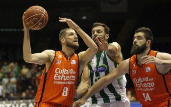 Valencia Basket vuelve de Sevilla con una sufrida victoria (85-90)