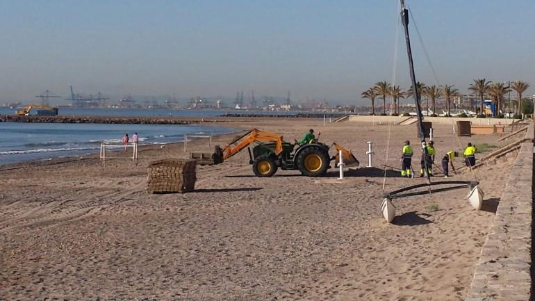 Alboraia posa a punt les seues platges