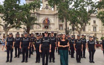 Los agentes de Policía Local de València ya trabaja con los uniformes que habían pedido