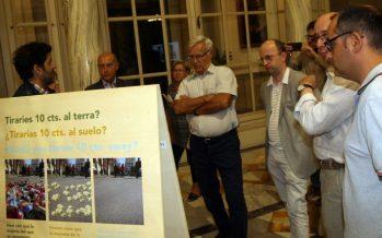 El Ayuntamiento de València apoya el sistema de regreso de envases de bebidas a los comercios