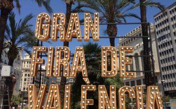 Un pasacalle y la traca corrida abren la Gran Fira de València