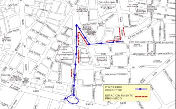 La Plaça de l'Ajuntament acull el Correfoc de la Gran Fira de València