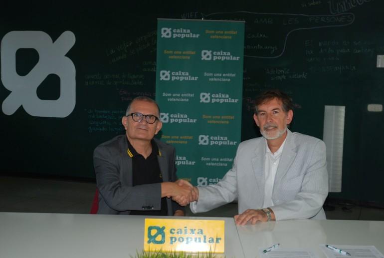 El director general de Caixa Popular, Rosendo Ortí, i el director de l'IVAM, José Miguel G. Cortés