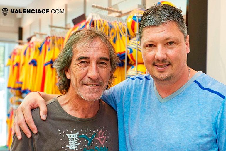 Lubo Penev, con Ricardo Arias en una visita reciente del búlgaro.