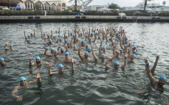 La Marina Real vivió la vigésimo quinta edición de la Travesía a Nado Valencia