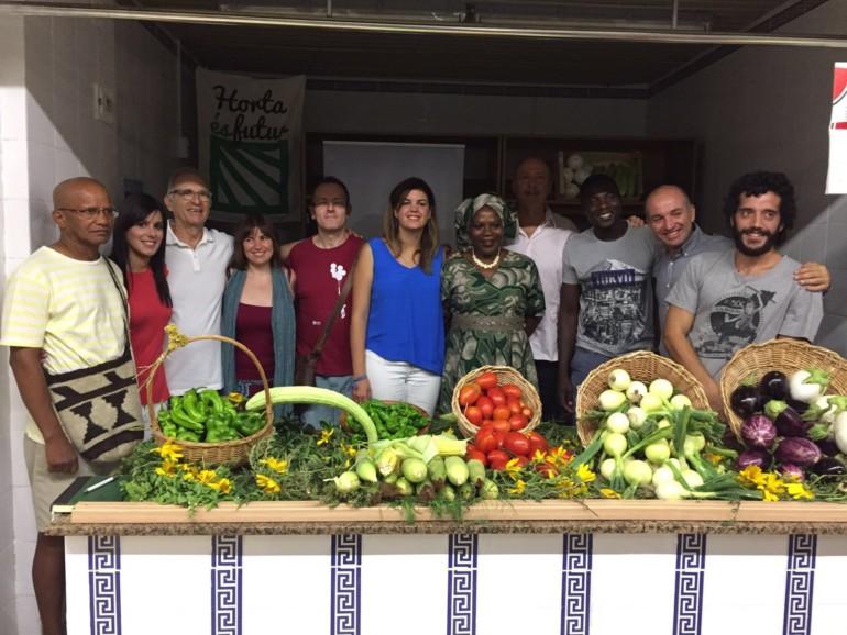 L'alcaldessa en funcions, Sandra Gómez, ha visitat els usuaris del projecte d'agricultura ecològicaAgrosolidaris