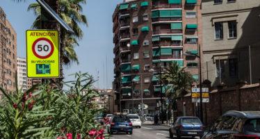 L'Ajuntament de València instal•la un radar i modifica els semàfors en Pérez Galdós i Giorgeta