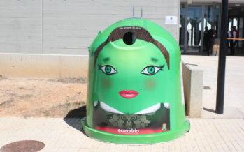 El Ayuntamiento de Requena y Ecovidrio fomentan el reciclado de vidrio en FEREVIN 2017