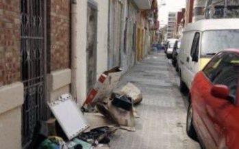 Ramón-Llin denuncia la falta de limpieza en El Cabanyal