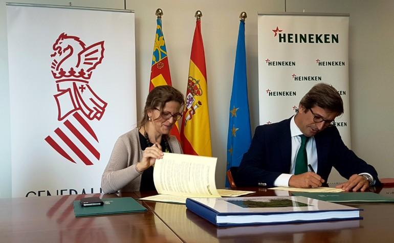 Heineken colabora con Agricultura en la recuperación del Barranco del Poyo.