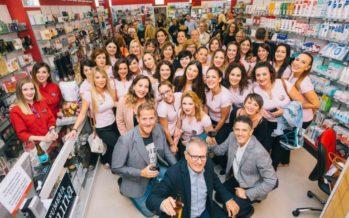 Benimaclet recibe la inauguración de Perfumerías Laguna en clave de fiesta