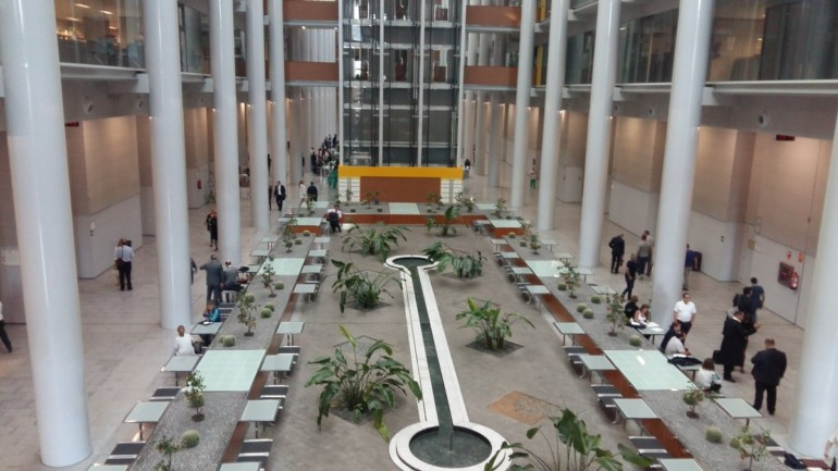 Interior de la Ciudad de la Justicia