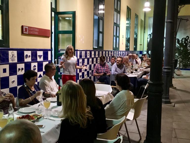 Eva Ortiz pone de relieve el peligro de degradación del Centro de Valencia
