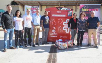 Koopera Caritas recaba más de mil prendas donadas en el Medio Maratón Valencia