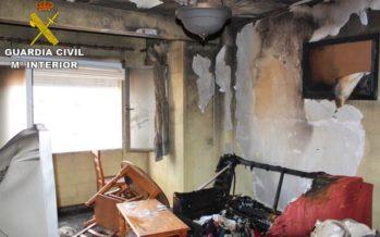 Una mujer quema su propia casa por venganza en Jacarilla