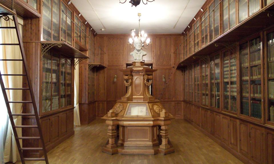 Palacio de Cervelló. Archivo histórico