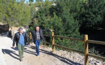 Josep Bort visita el recuperat paratge de l'Olivera a Benissoda
