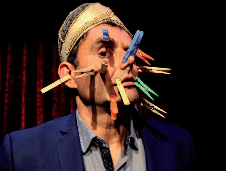 El espectáculo 'Mr. Kebab' traerá el humor absurdo y con mucho surrealismo de Juan Callate.