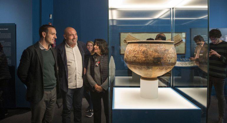 """El diputado de Cultura, Xavier Rius, ha felicitado al Museu de Prehistòria por el """"esfuerzo y el compromiso que han mantenido desde su creación para recuperar y poner en valor el patrimonio arqueológico valenciano"""""""