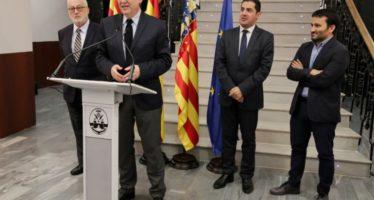 Puig asiste a la firma del Centre d'Art d'Alcoi como subsede del IVAM